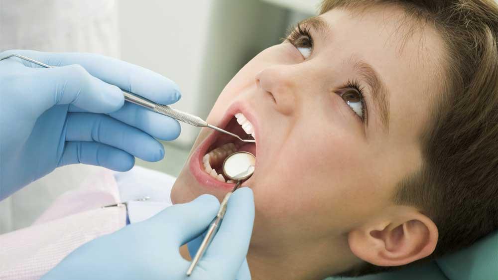La prima visita del bambino dal dentista