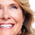 Come sbiancare i denti fissi?